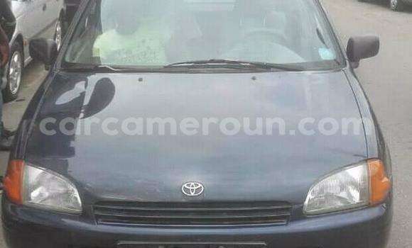 Acheter Occasions Voiture Toyota Starlet Bleu à Douala au Littoral Cameroon