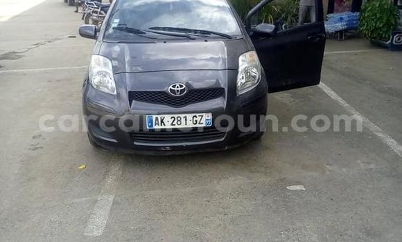 Acheter Occasions Voiture Toyota Yaris Noir à Yaoundé au Central Cameroon