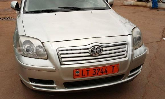Acheter Occasions Voiture Toyota Avensis Gris à Yaoundé au Central Cameroon