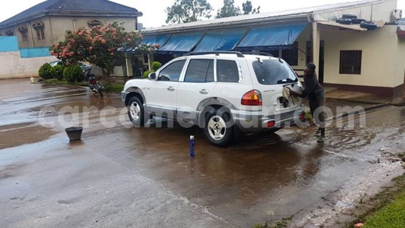 buy used hyundai santa fe white car in yaounde in central cameroon carcameroun cameroun