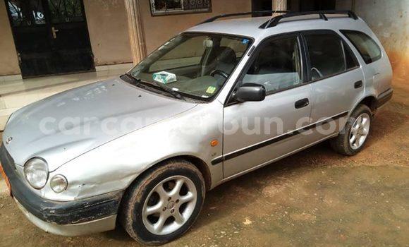 Acheter Occasion Voiture Toyota Corolla Gris à Yaoundé, Central Cameroon