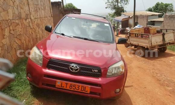 Acheter Occasions Voiture Toyota RAV4 Rouge à Yaoundé, Central Cameroon