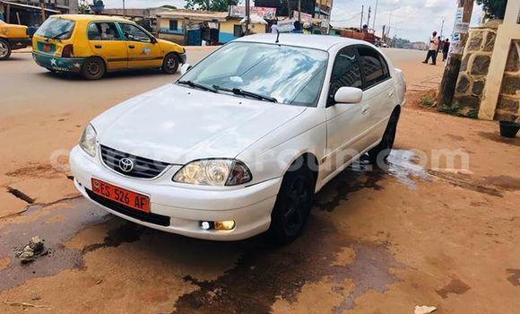 Acheter Occasion Voiture Toyota Avensis Blanc à Yaoundé, Central Cameroon