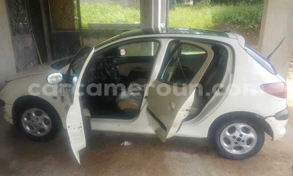 Acheter Occasion Voiture Peugeot 206 Blanc à Douala, Littoral Cameroon
