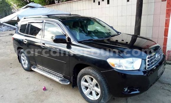 Acheter Occasion Voiture Toyota Highlander Noir à Yaoundé, Central Cameroon