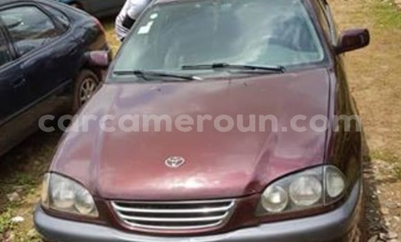 Acheter Occasion Voiture Toyota Avensis Rouge à Yaoundé, Central Cameroon