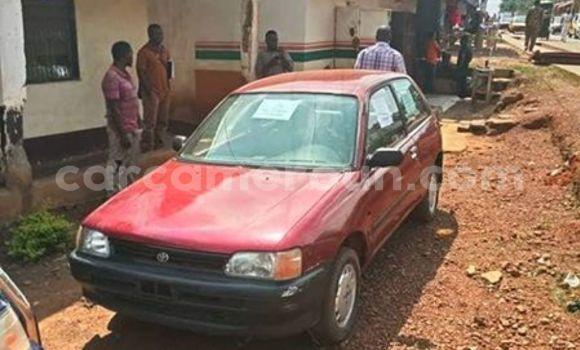 Acheter Importé Voiture Toyota Starlet Rouge à Yaoundé, Central Cameroon
