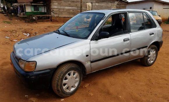 Acheter Occasion Voiture Toyota Starlet Gris à Yaoundé, Central Cameroon