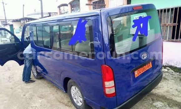 Acheter Occasion Voiture Toyota Hiace Bleu à Yaoundé, Central Cameroon