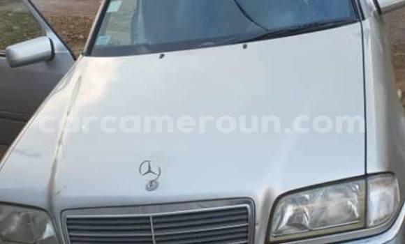 Acheter Occasion Voiture Mercedes Benz C–Class Gris à Yaoundé, Central Cameroon