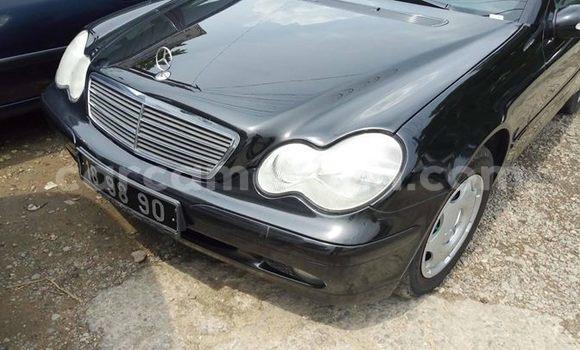 Acheter Occasion Voiture Mercedes Benz C–Class Noir à Douala, Littoral Cameroon