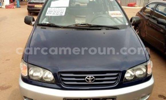 Acheter Occasion Voiture Toyota Picnic Noir à Yaoundé, Central Cameroon