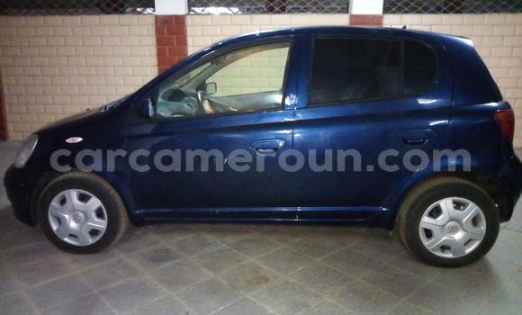 Acheter Importé Voiture Toyota Yaris Bleu à Douala, Littoral Cameroon