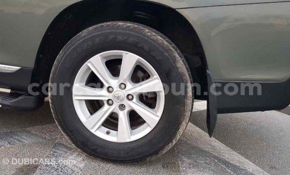 Acheter Importé Voiture Toyota Highlander Vert à Import - Dubai, Adamawa