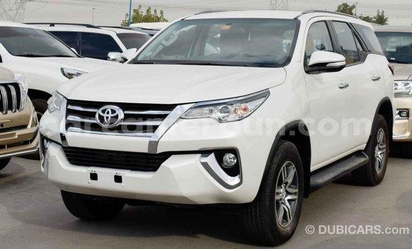 Acheter Importé Voiture Toyota Fortuner Blanc à Import - Dubai, Adamawa