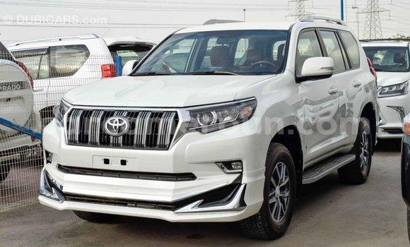 Acheter Importé Voiture Toyota Prado Blanc à Import - Dubai, Adamawa