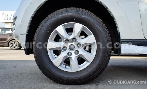 Acheter Importé Voiture Mitsubishi Pajero Blanc à Import - Dubai, Adamawa