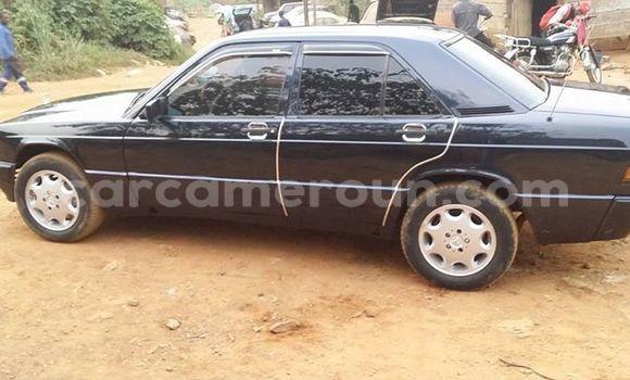 Acheter Occasion Voiture Mercedes‒Benz E–Class Noir à Yaoundé, Central Cameroon