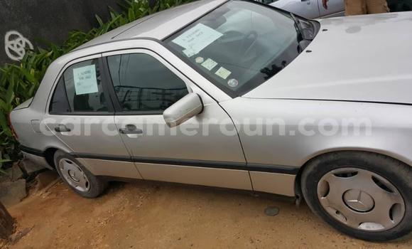 Acheter Occasion Voiture Mercedes‒Benz C–Class Gris à Yaoundé, Central Cameroon