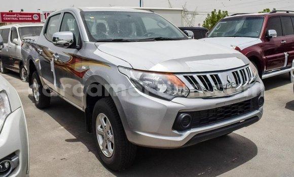 Acheter Importé Voiture Mitsubishi L200 Autre à Import - Dubai, Adamawa