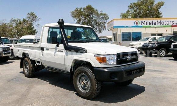 Premier Site De Petites Automobiles Annonces Cameroun 2IW9DYEH