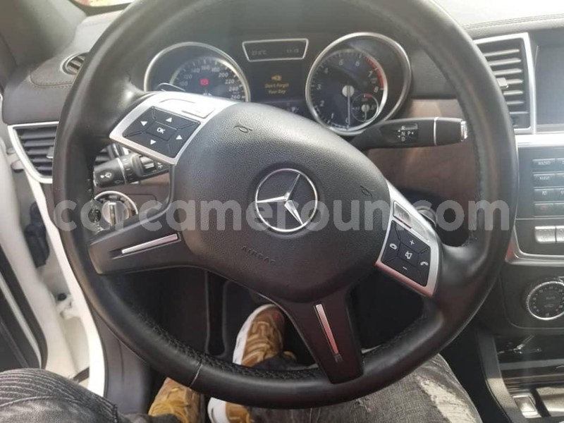 Big with watermark mercedes%e2%80%92benz ml%e2%80%93class littoral cameroon douala 7043