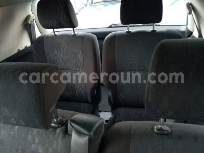 Big with watermark toyota avensis verso central cameroon yaound%c3%a9 7244