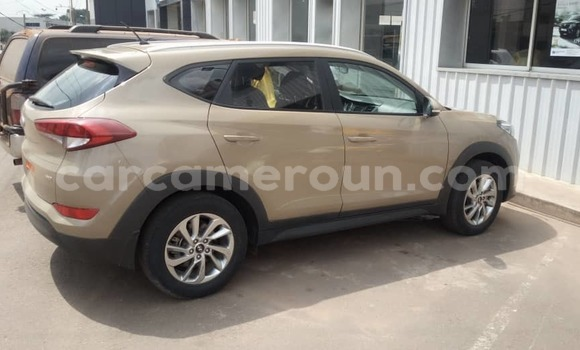 Medium with watermark hyundai tucson littoral cameroon douala 7255