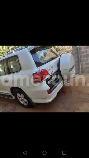 Big with watermark toyota land cruiser central cameroon yaound%c3%a9 7269
