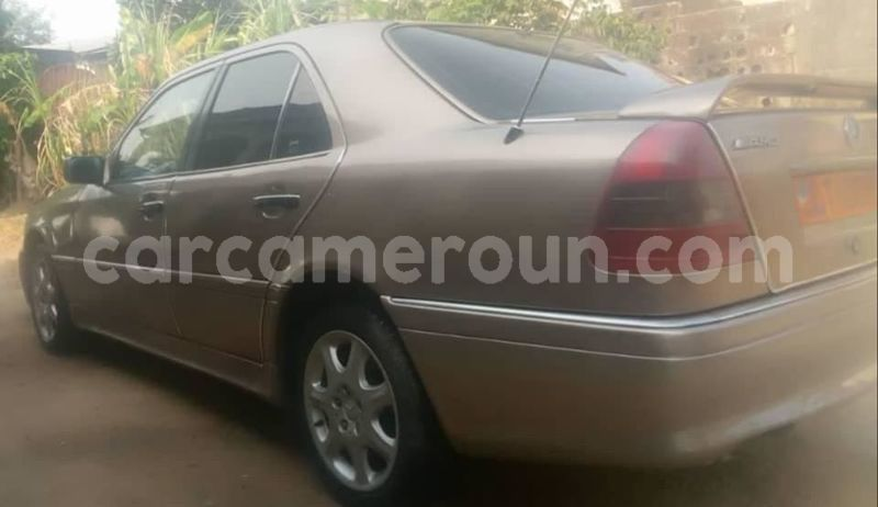 Big with watermark mercedes benz c class littoral cameroon douala 7396