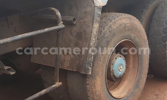 Medium with watermark mercedes benz 2628 central cameroon yaounde 7474