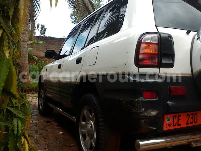 Big with watermark toyota rav4 central cameroon yaounde 7485