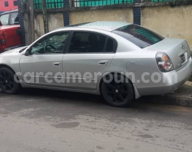 Big with watermark nissan altima southwest cameroon buea 7497