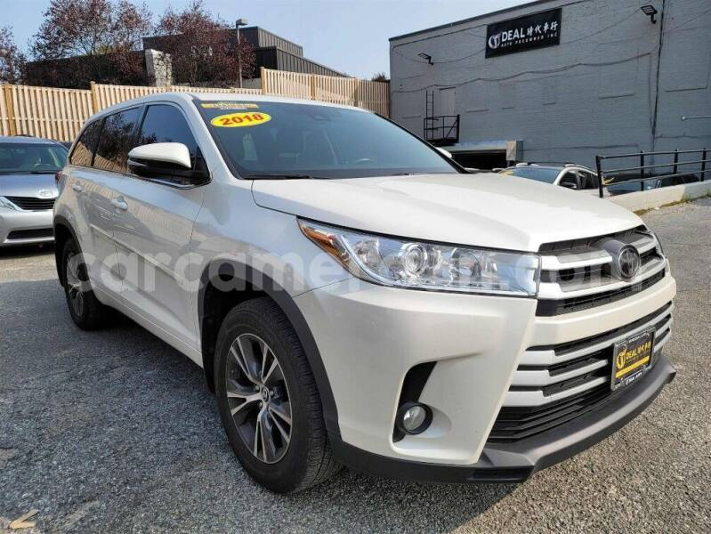 Big with watermark toyota highlander central cameroon yaounde 7717