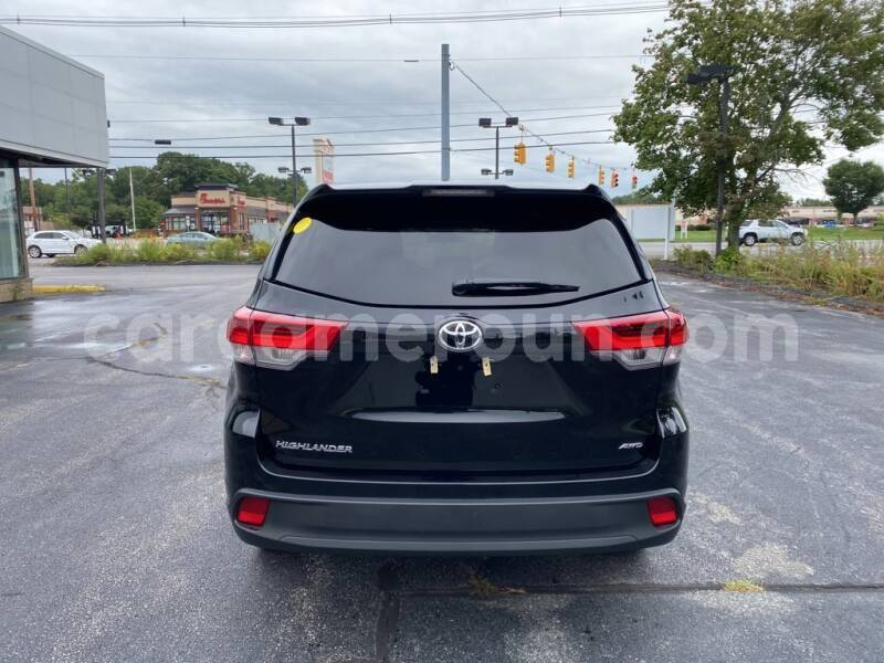 Big with watermark toyota highlander littoral cameroon douala 7718