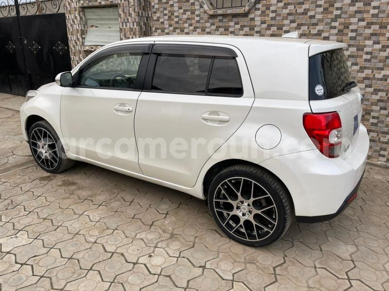 Big with watermark toyota ist littoral cameroon douala 8039