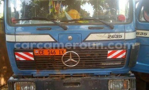 Acheter Occasion Utilitaire Mercedes‒Benz 2635 Bleu à Yaoundé au Central Cameroon