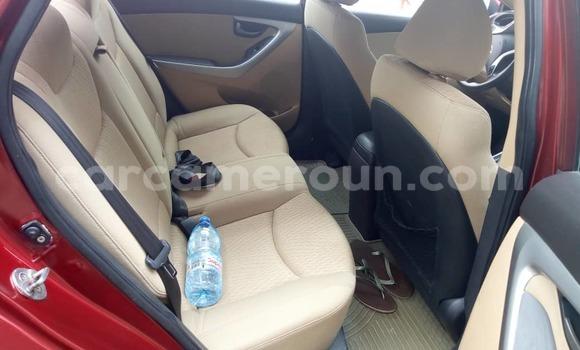 Acheter Occasion Voiture Hyundai Lantra Rouge à Douala au Littoral Cameroon