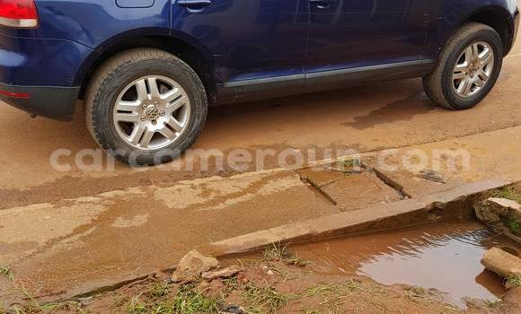 Acheter Occasion Voiture Volkswagen Touareg Bleu à Yaoundé au Central Cameroon
